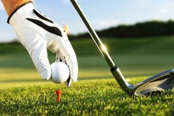 Calverley Golf Club: 18-Holes Plus Soup For Two (from £18) or Four (from £35) (Up to 59% Off)