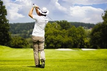 The Kent and Surrey Golf Club: 18 Holes For Two (£19) or Four (£30)