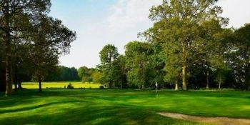 £39 -- Lingfield Park: 18 Holes & Breakfast for 2, Reg £84