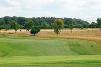 Rutland County Golf Club: 18 Holes With Bacon Roll and Coffee For Two or Four from £21