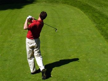 Round of Golf for Two with Chicken or Beef Burger - £35