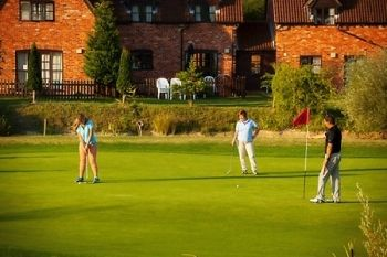 Colmworth and North Beds Golf Club: 28-Days Taster Membership from £30 (54% Off)