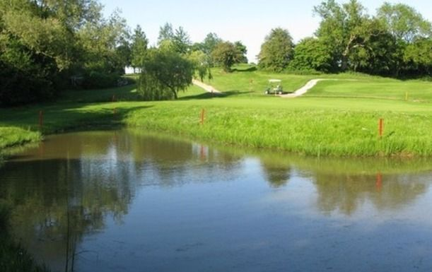 Golf for Two at Whitefields Golf Club in Warwickshire, including a Full English Breakfast