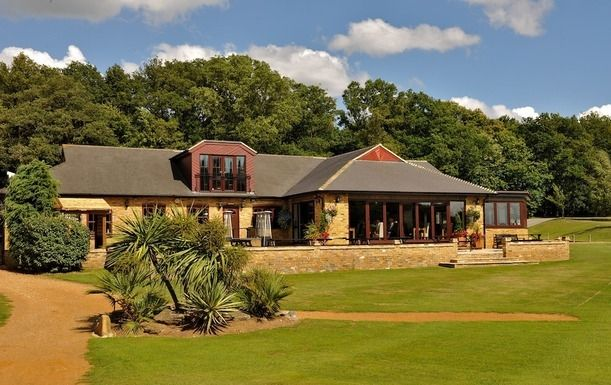 Golf for two at Huntswood Golf Club with a Bacon Roll and Drink