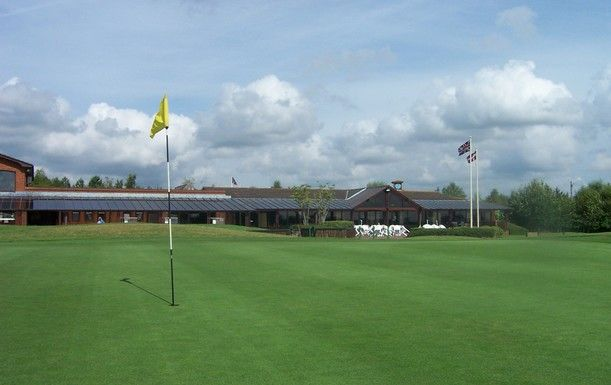 Golf for 2 at Dorset Golf Resort with Breakfast or Lunch