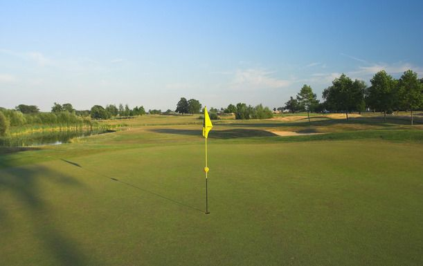 18 Holes of Golf for Two at Wokefield Park Golf Club, Including a Hot Drink Each Afterwards.
