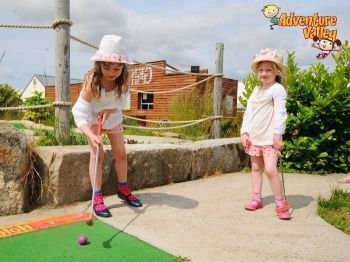 38% off One Round of Miniature Golf for Two - £5