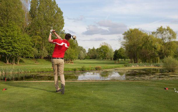 18 Holes of Golf for 2 at Hallmark Cambridge Golf Club & Hotel, including a Bacon Roll & a Tea or Coffee each
