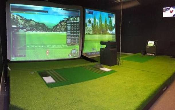 30 Minute PGA Lesson Plus a 30 Minute Practice Session in a State of the art Golf Simulator at Surbiton or Kensington Golf Studios