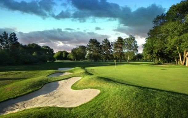 One Night Special. Bed and Breakfast at Kingswood Golf & Country Club, including Two Rounds of Golf. Available Sunday-Thursday