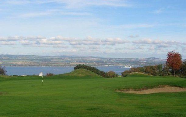 18 Holes for 2 with a Bacon Roll & a Tea or Coffee each at West Lothian Golf Club