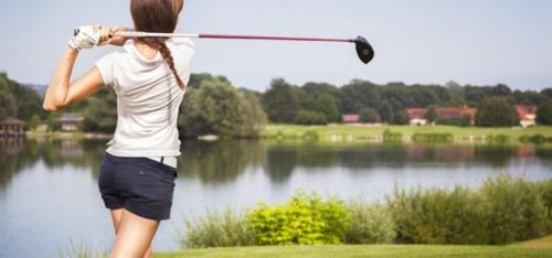 PULLED £18 for three one-hour beginner golf lessons with 18 holes, £36 for six intermediate lessons or four 90-min advanced lessons at Oakmere Park Golf Club - save up to 60%