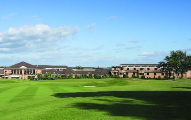 18 Holes for TWO at Hellidon Lakes Golf & Spa Hotel. Plus a BONUS Sleeve of Titleist Balls per pair