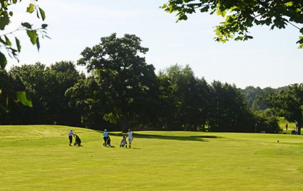 18 Holes for FOUR at Blacknest Golf & Country Club, including a Hearty Stew each.