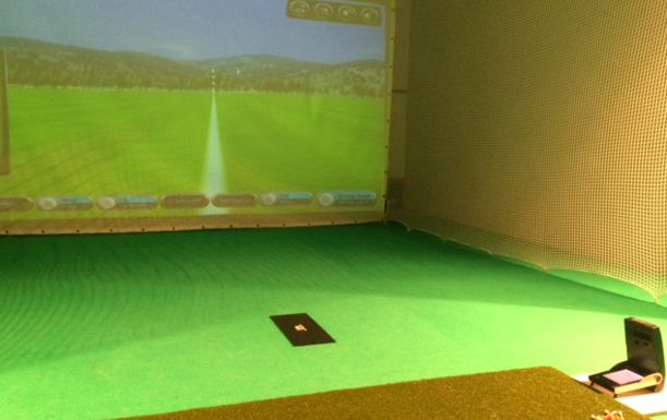 1 x 45 minute assessment plus a 1 x 60 minute lesson with one of our Golf Professionals in the State of the Art Simulator at the Alternative Golf Performance Studio at Ingol Village Golf Club
