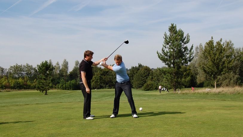 A One Hour Lesson with PGA Professional, Bradley Preston at North Weald Driving Range, including full video Swing Analysis