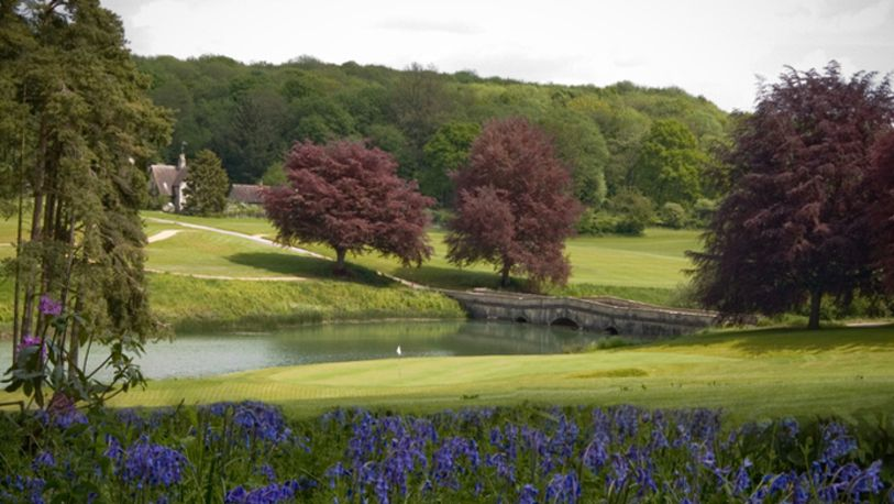 18 Holes for TWO at the Picturesque Heythrop Park Resort in Oxfordshire, including a Bacon Roll & a Tea or Coffee each